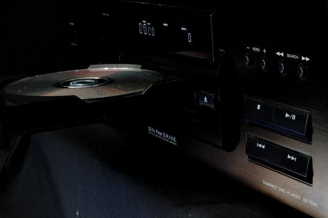 CD transport vs CD player