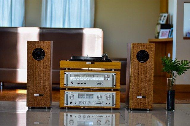 How loud is a 3 watt speaker