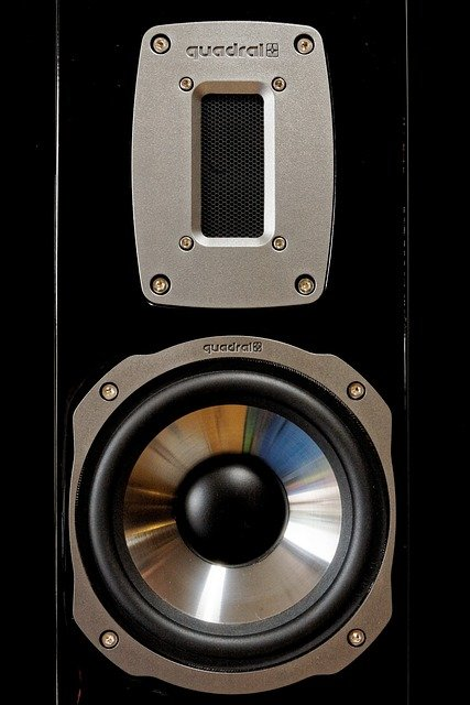 What are bright sounding speakers