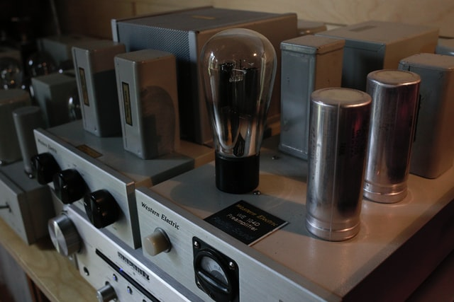 Best Amp for Klipsch Cornwall IV