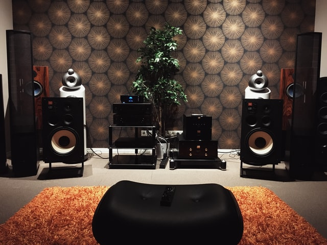 Bowers and Wilkins CM9 Amplifier