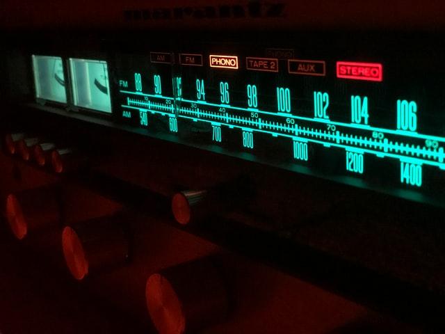 KEF R300 Amplifier