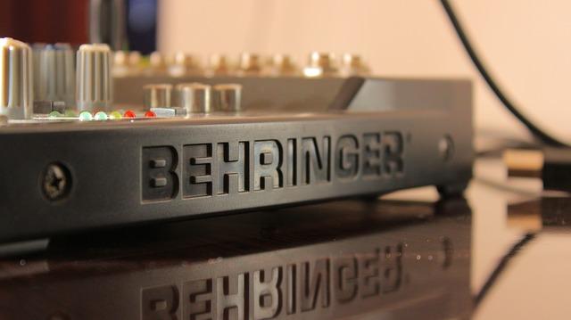 Klipsch RF-7 III Amplifier