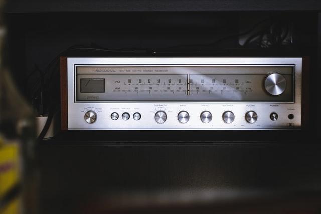 Best Amplifier for Martin Logan Ethos