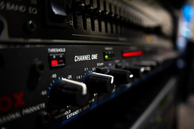 Best Amp for Paradigm Studio 60