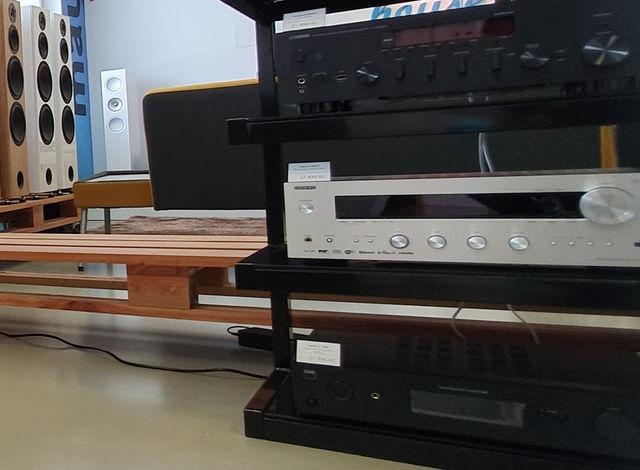 Best Amplifier for Dali Spektor 2