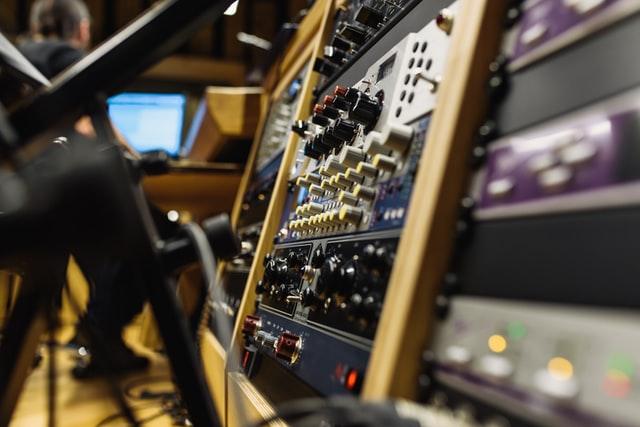 Q Acoustics 3030i Matching Amplifier